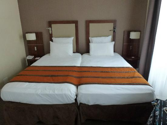Hotel Royal Madeleine: Standard twin room