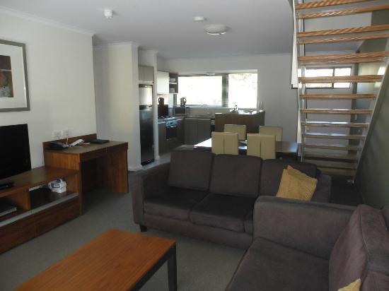 Darby Park Serviced Residences: 2 bedroom loft apartment