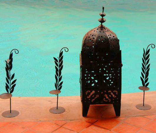 Les Trois Palmiers: Pool