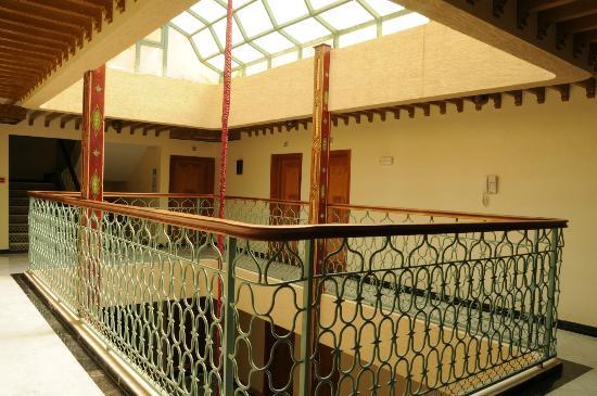 Les Trois Palmiers: 5th floor