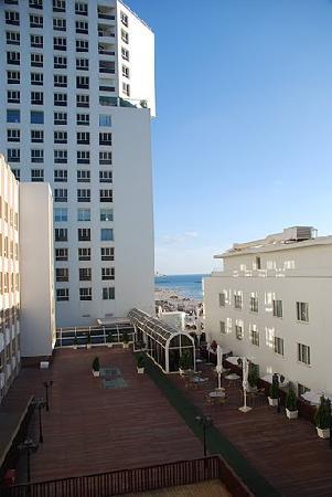 Dan Hotel