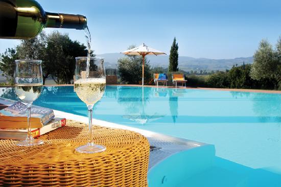Tenuta mormoraia san gimignano tuscany italy b b - B b toscana con piscina ...