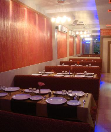 Royal Cuisine Family Restaurant