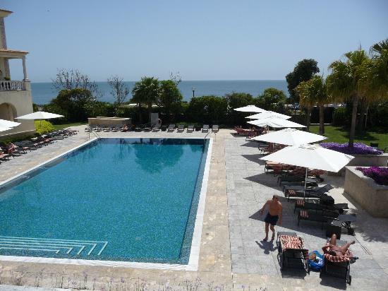 Grande Real Villa Italia Hotel & Spa: Pool and sea view