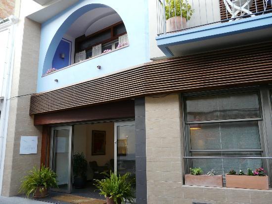 Carmen Hotel : Entrada principal hotel