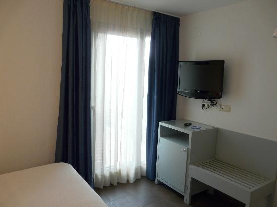 Carmen Hotel : Habitación