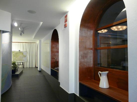 Carmen Hotel: Recepción