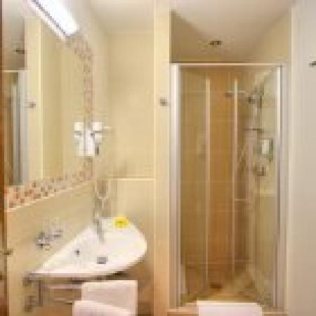 Hotel Residence Agnes: Bathroom
