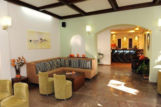 Sofia Hotel : Lobby