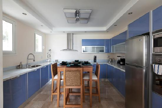 Watermark: Sky-Blue Crystal Italian Kitchen.