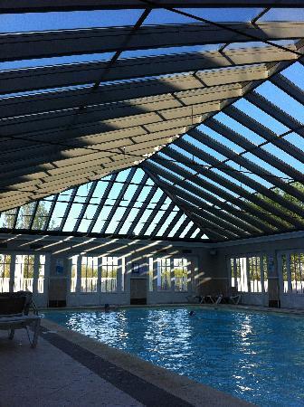 Pierre & Vacances Résidence Les Jardins de la Cote d'Opale : La piscine