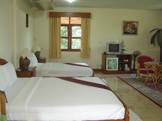 Golden Cupids Hotel: our suite