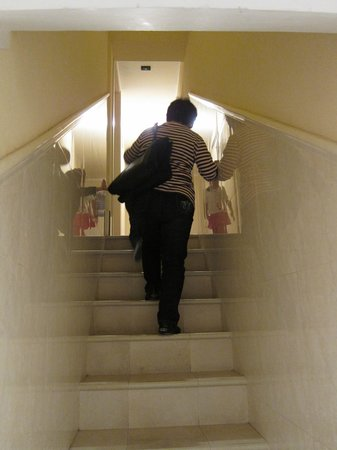 Venice Resorts: stairs to our room