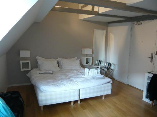 Stempels Hotel: comfy bed