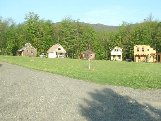 Sheady Acres Rental Cottages: The Cottages