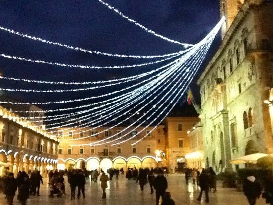 Caffè Meletti : Piazza del Popolo (Ascoli)