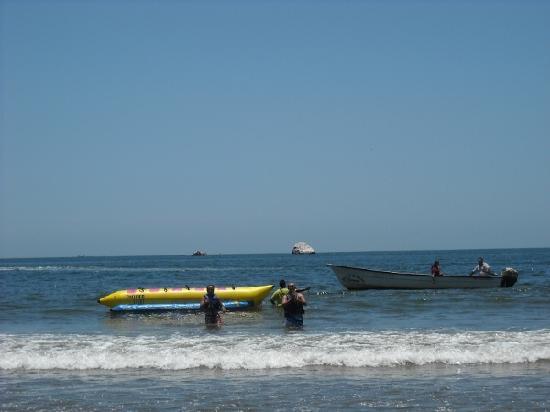 Stone Island (Isla de las Piedras): Banana boat rides