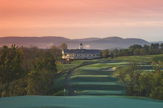 ‪Blue Ridge Shadows Golf Club‬