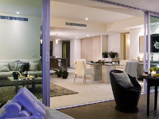 Delcanto Beach Resort: Open floor plan