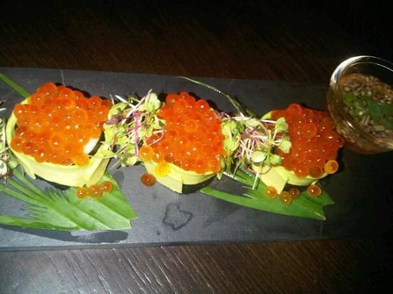 Koi Lounge Bangkok : By The Sea Roll - yummy