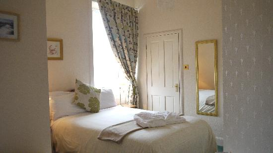 Glenlossie Guest House: DOUBLE ROOM