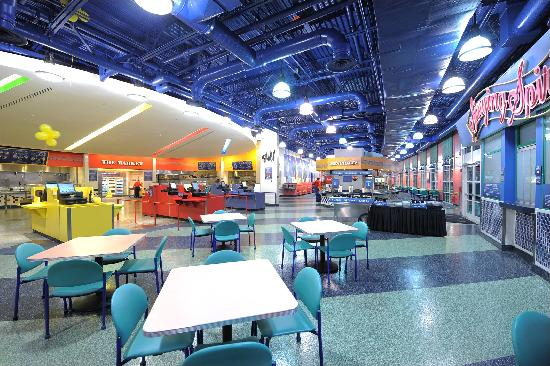 Disney 39 s all star music resort 106 1 6 1 updated for Pool show orlando 2015