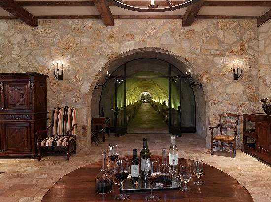 Kelly Fleming Wines: Tasting Room