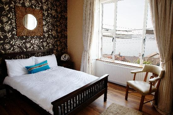 Ardeen B&B: Room 2 With View