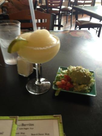 Rio Grande Mexican Restaurant: Margarita & Salad
