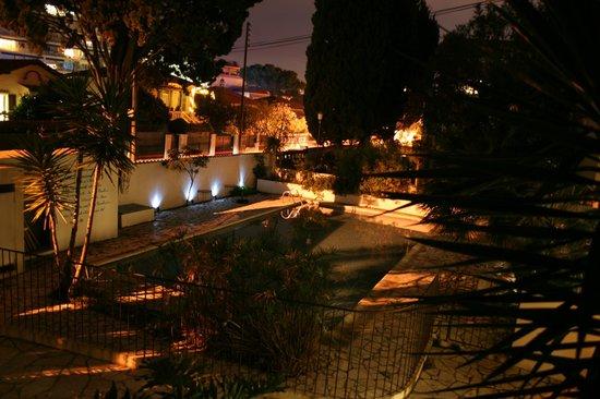 Hotel Le Val Duchesse :                   piscina d'inverno