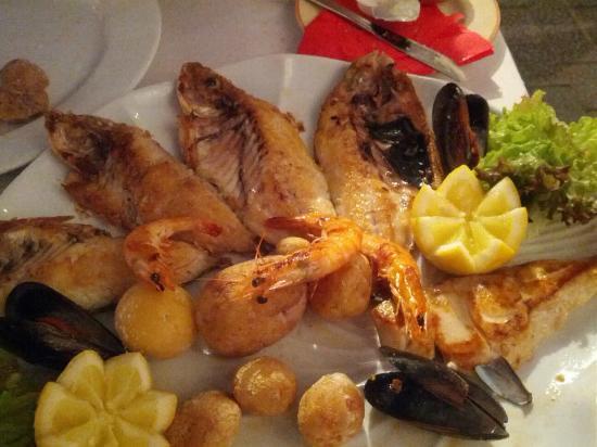 El Sardinero : Mixed fish Grill
