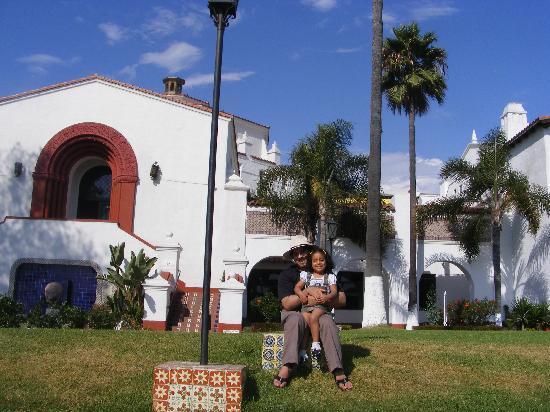 Rivera del Pacifico: Mi esposo y mi hija en el Hotel Riviera