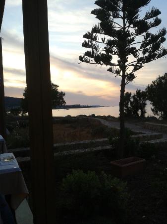 Paradise Apartments: From Creta restaurant at night