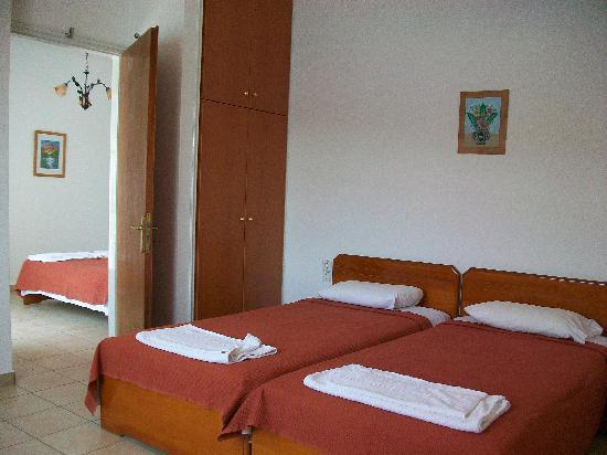 Nicolas Rooms to Let