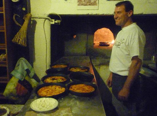 Pizzeria Vecchio Forno: Pizzeria a Legna