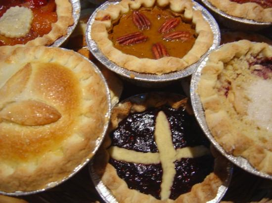 The Leek and Thistle Pie Company: Yummy Fruit Pies
