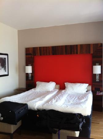 Elite Hotel Marina Tower: Deluxe Zimmer