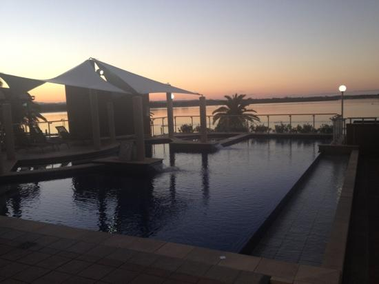 Rydges Port Macquarie: pool deck at sunset
