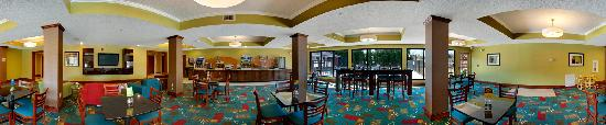 Holiday Inn Express Hotel & Suites Buford: Breakfast Room