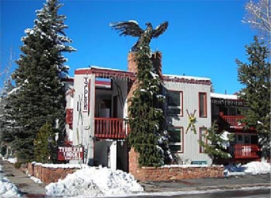 Tyrolean Lodge: Winter in Aspen