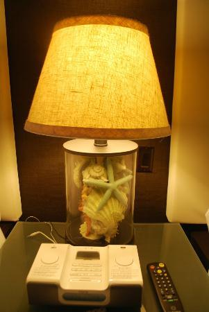 The Palms Hotel & Spa: lamp in the room