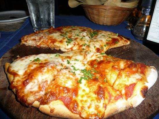 La Barca: pizza