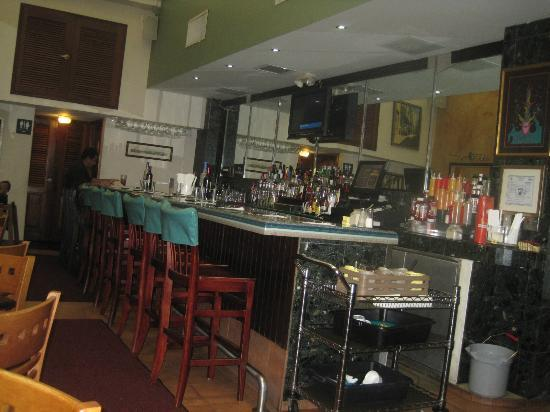 Cafe Manolin Old San Juan: Bar