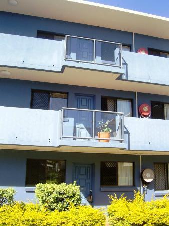 Harbour Side Resort: Basic 1 Bedrooms