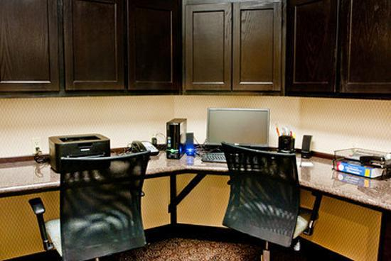 Hampton Inn & Suites by Hilton Denison: Well Equipped 24 Hour Business Center