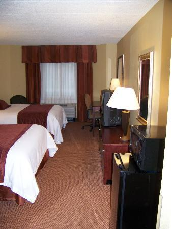 Best Western Plus Dakota Ridge: Room 117