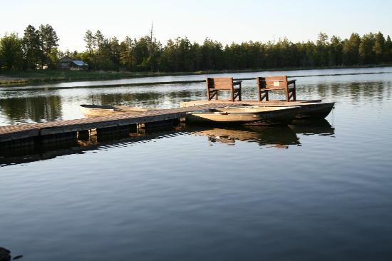 Lake of the Woods Resort: Dock for the Shores cabin