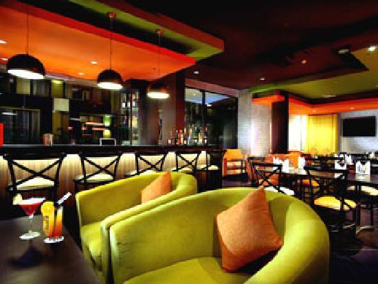 100 Sunset Hotel Managed by Eagle Eyes: Lounge