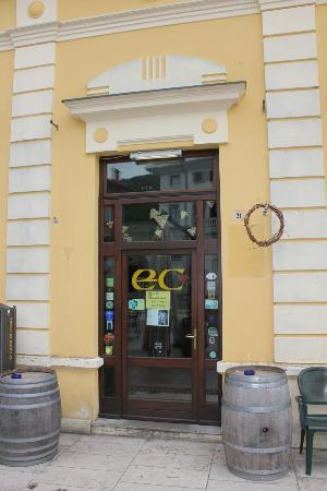 Enoteca di Cormons: Eingang zur Enoteca