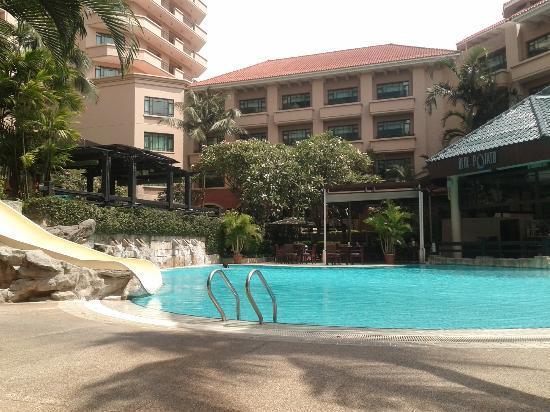 Pool! Very nice!